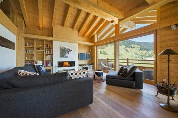 chalet-suisse-un-intérieur-moderne-en-bois-clair