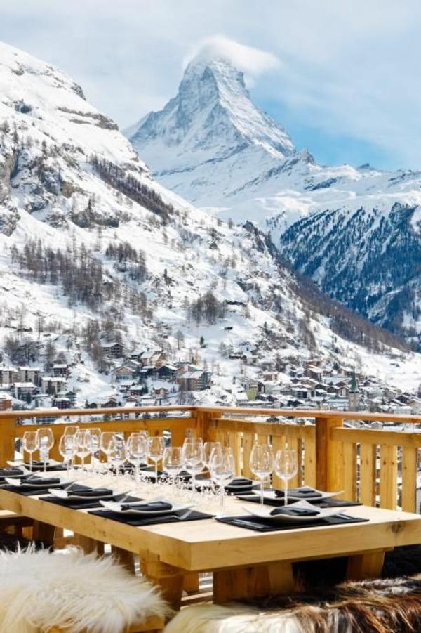 chalet-suisse-vue-d'un-chalet-en-Suisse