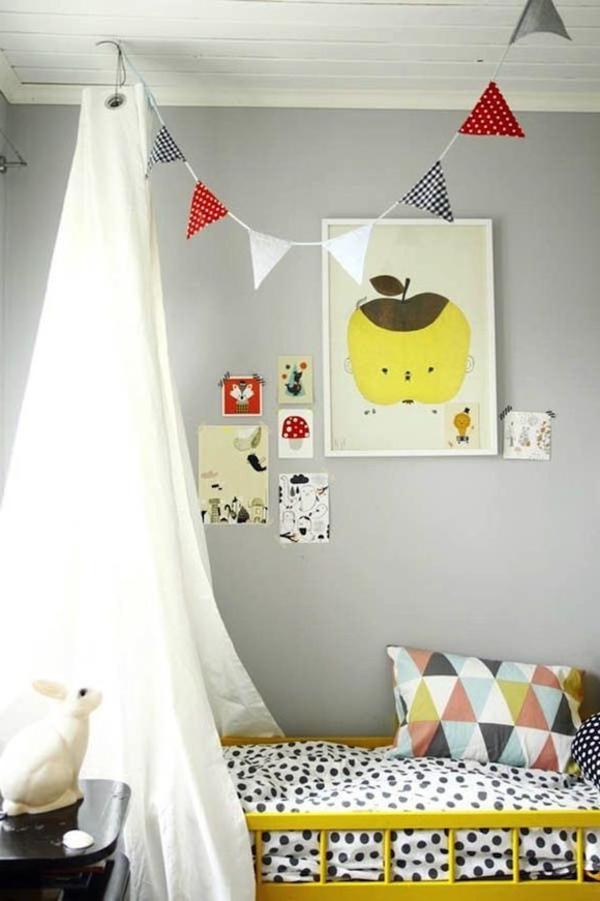 chambre-d-enfant-ciel-lit