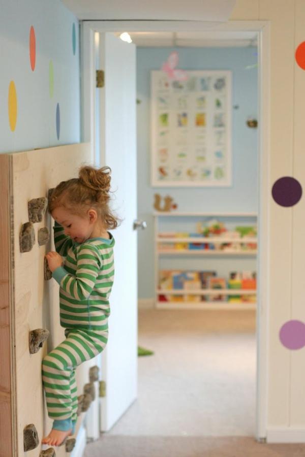 chambre-enfant-moderne-coloré