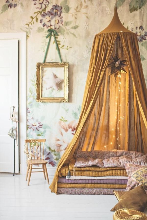chambre-princesse-voile-de-lit-enfant