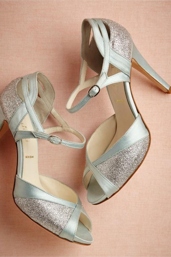 chaussures-de-salsa-en-bleu-et-doré