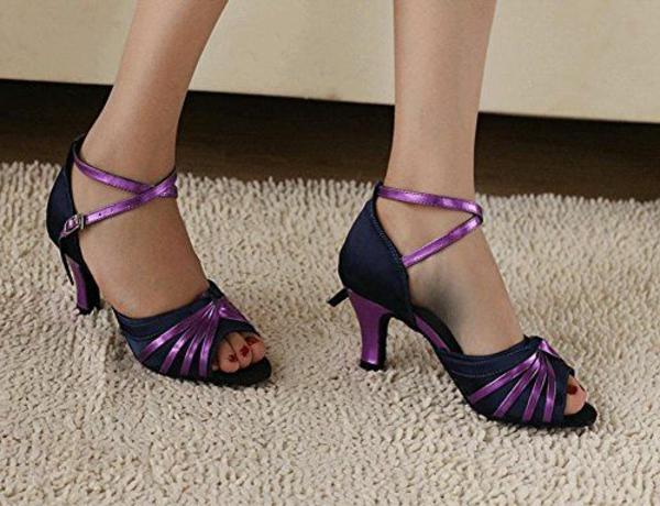 chaussures-de-salsa-en-lilas-et-noir