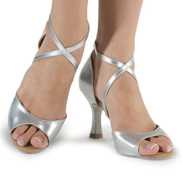 chaussures-de-salsa-grises-deux-sangles-croisées