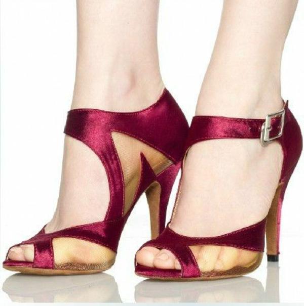 chaussures-de-salsa-sandales-élégantes