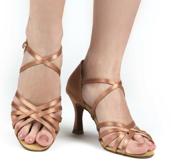 chaussures-de-salsa-sandales-de-danses-latins