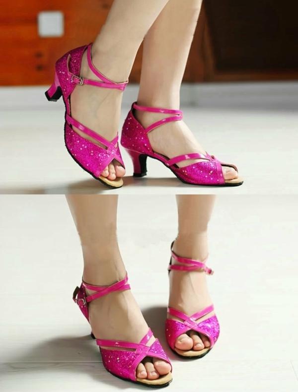 chaussures-de-salsa-sandales-roses