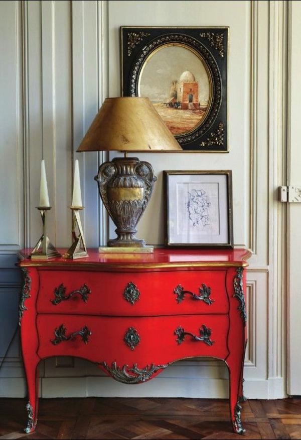 commode-rouge-lampe-rétro
