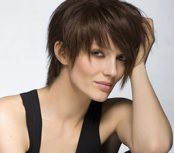 coupe-courte-saint-algue-coiffure-moderne