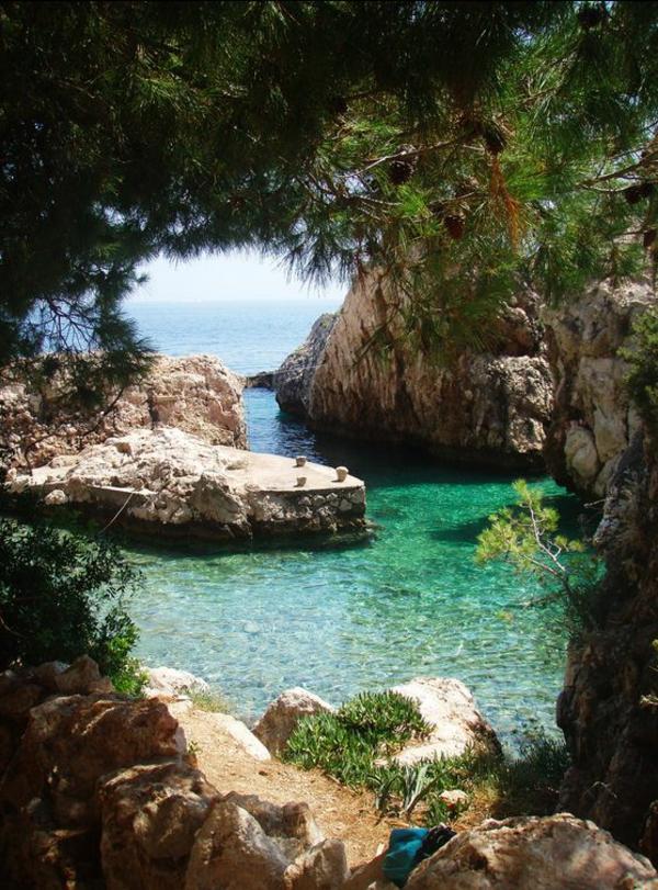 croatia-une-belle-plage-sauvage