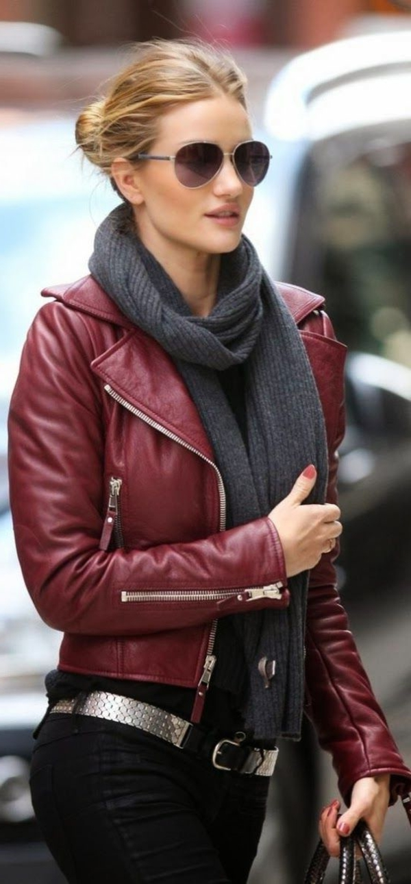 des-accessoires-tenue-cool-tous-les-jours-en-rouge
