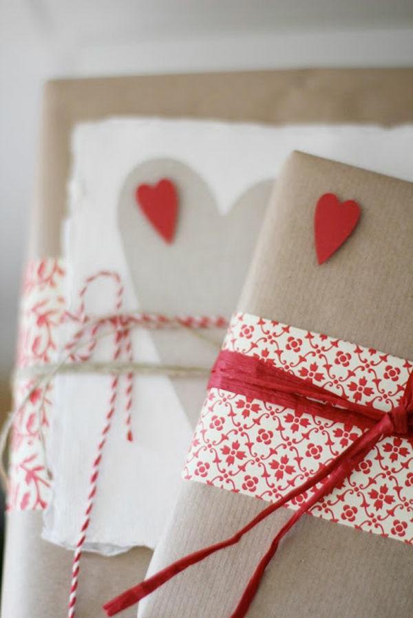 emballer-des-cadeaux-en-papier-original-coeurs