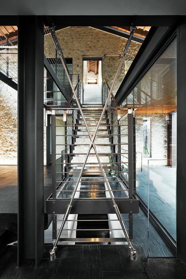 escalier-loft-escalier-industriel-habitations-modernisées-industrielles