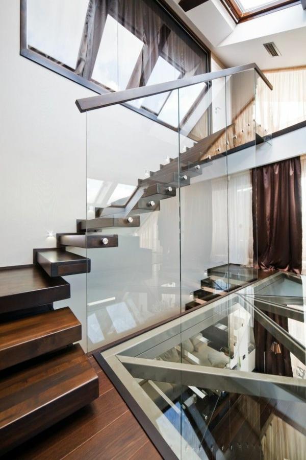 escalier-loft-phénoménal-en-bois-verre-et-acier