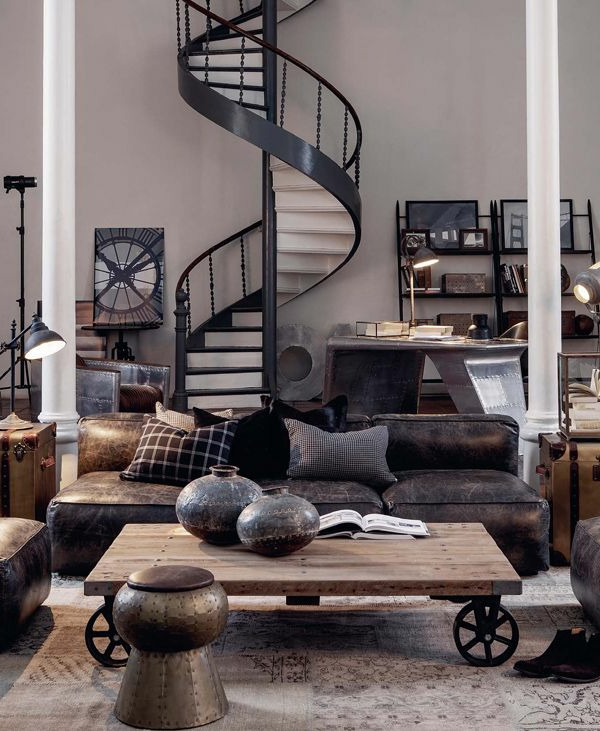 escalier-loft-spiral-table-industrielle-sur-roues-sofa-en-cuir