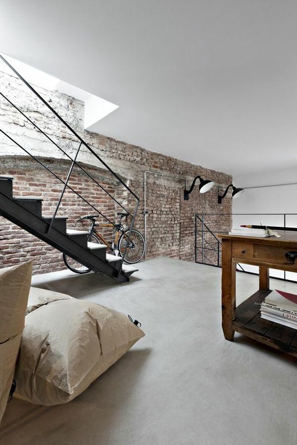 escalier-rénover-murs-vélo