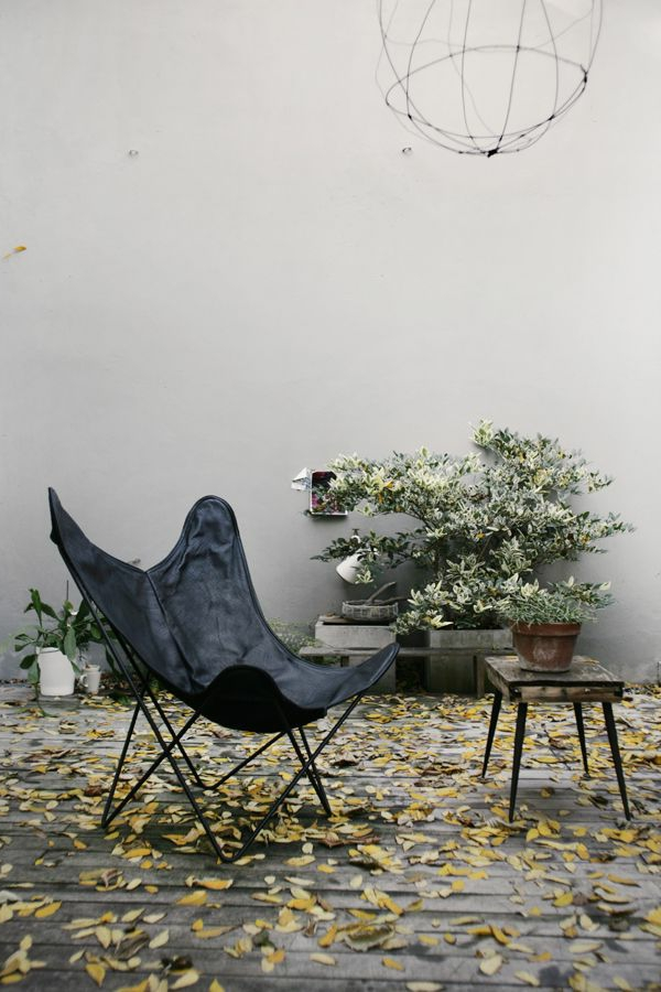 fauteuil-papillon-extérieur-cour