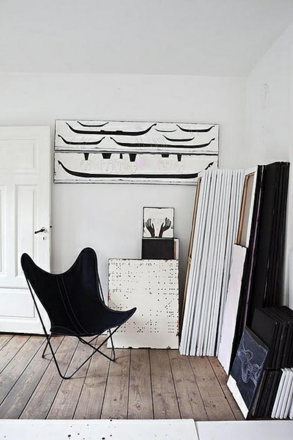 fauteuil-papillon-noir-salon