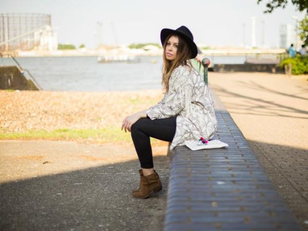 femme-riviere-tenue-de-jour-style-bohème-chique