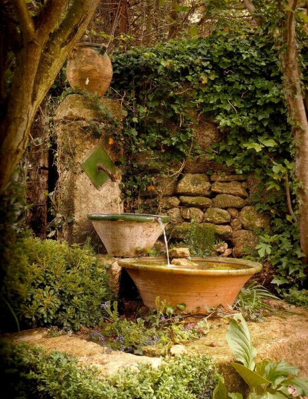 fontaine-pour-bassin-deux-petites-vasques-et-une-fontaine