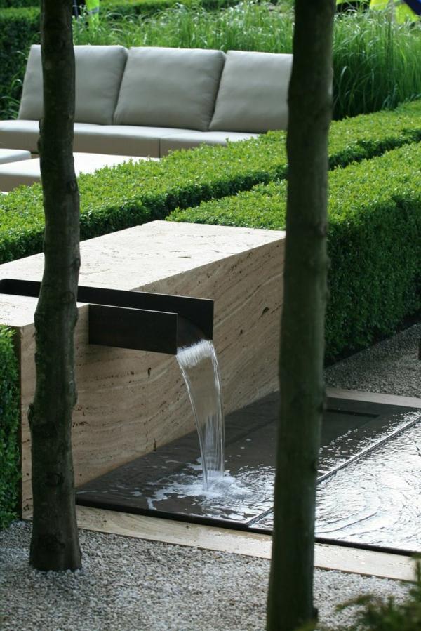 fontaine-pour-bassin-extérieurs-élégants