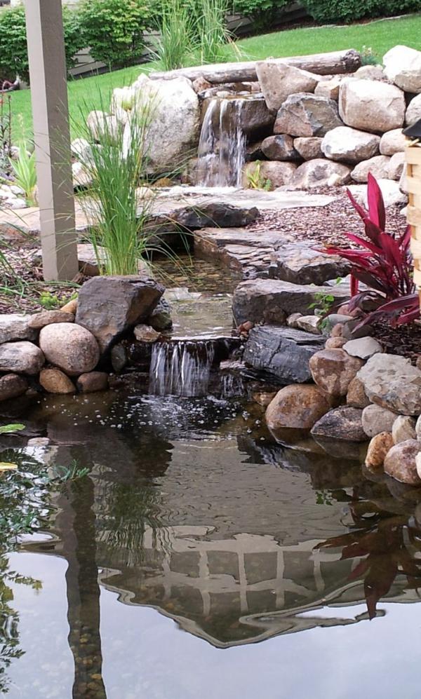 fontaine-pour-bassin-massif-à-l'apparence-naturelle