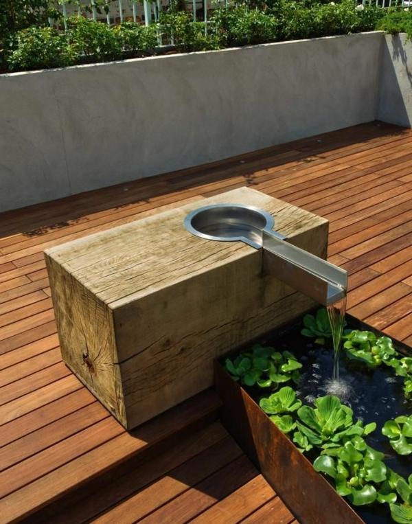 Décoration de jardin avec une fontaine pour bassin ~ Terrasse Bois Bassin