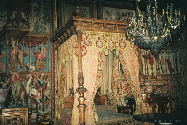 fontainebleau-chambre-king-chateau