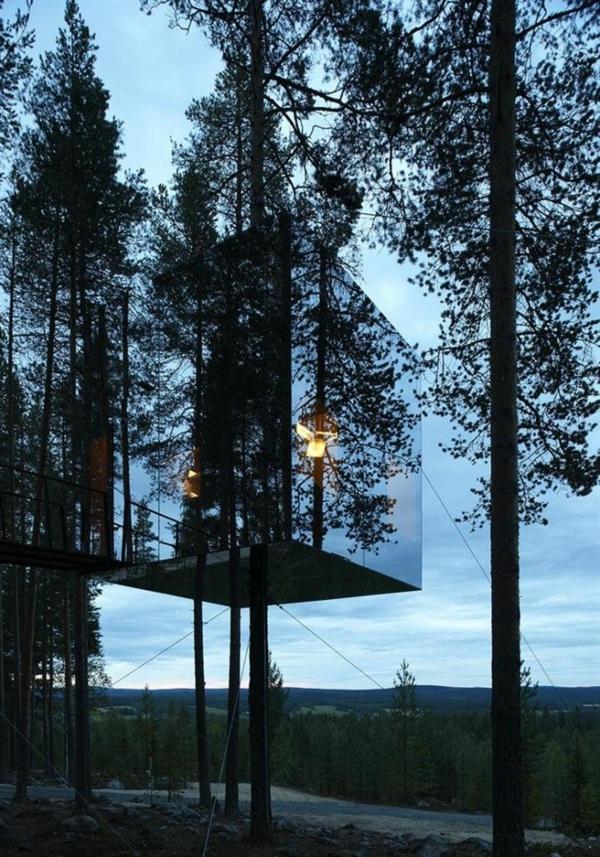 insolite-tree-hotel-dormir-dans-les-arbre