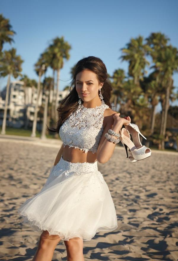 inspiration-robe-que-une-princesse-va-porter-pour-son-balle-de-promo-courte-en-deux-pièces