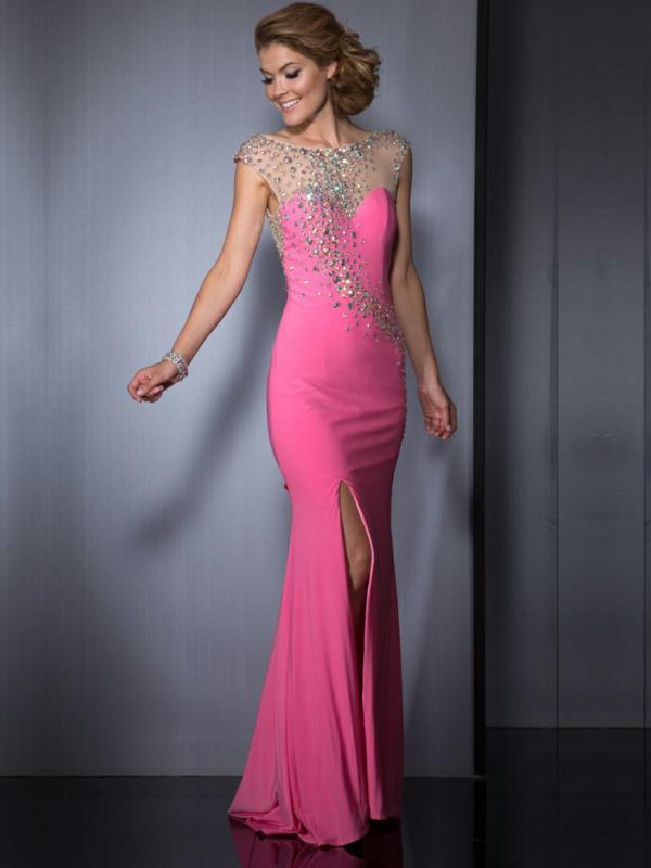inspiration-robe-que-une-princesse-va-porter-pour-son-balle-de-promo-rose