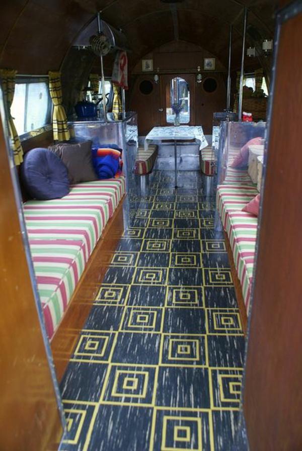 intérieur-camping-car-aménagement