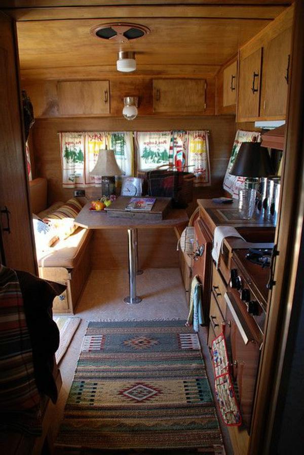 Le plus beau fourgon am nag pour vos vacances de r ves for Interieur camping car