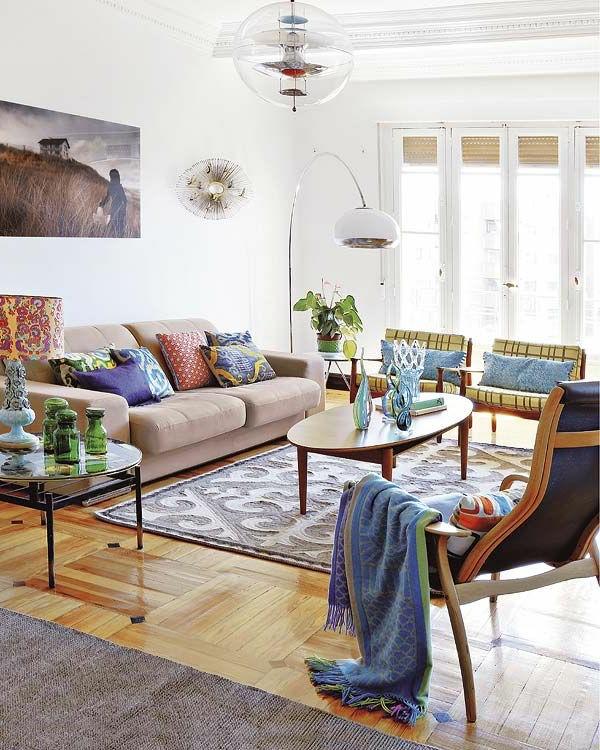 intérieur-magnifique-avec-coussin-original