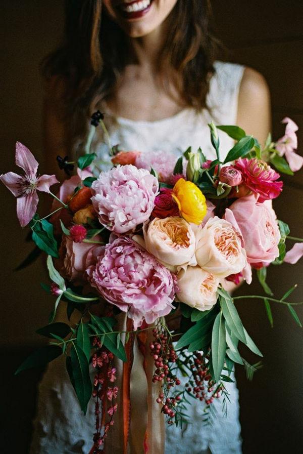joli-bouquet-de-mariage-idée-créative-coleurs