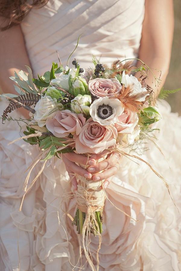 joli-bouquet-de-mariage-idée-créative-roses