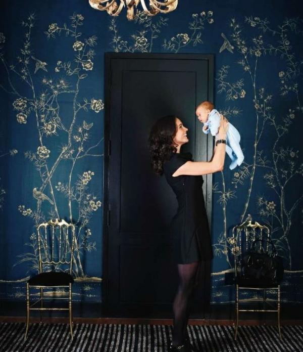 joli-chambre-femme-et-bébé-papiers-peints-originaux-design