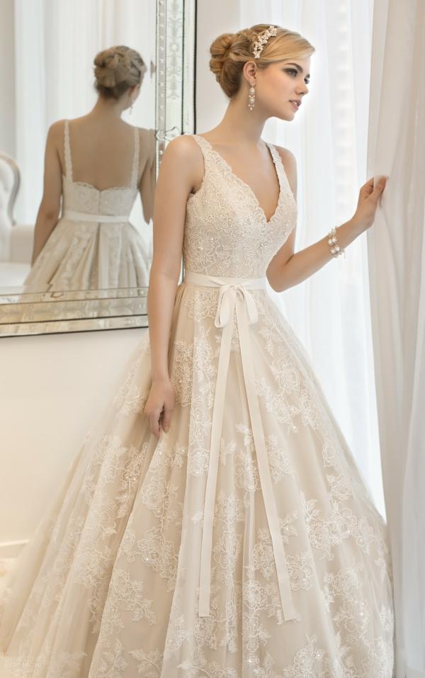 jolie-robe-de-mariée-inspirée-par-les-princesses-de-disney