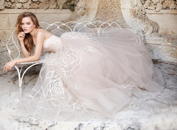 jolie-robe-de-soirée-longue-robe-de-mariée