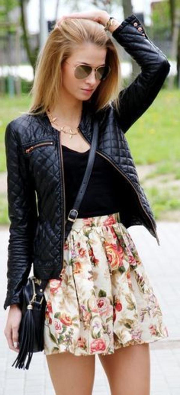 jupe-fleurie-vaste-cuire-lunettes-aviateur-accessoires-sac-cuir