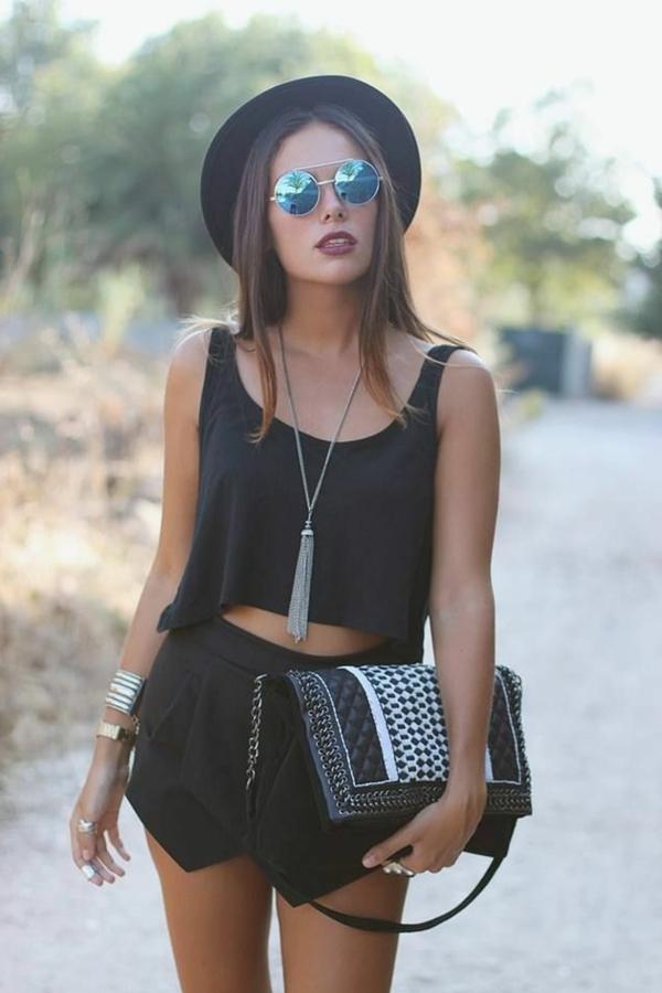 jupe-zara-allure-total-noir-lunettes-de-soleil-boheme-chic-rondes-resized