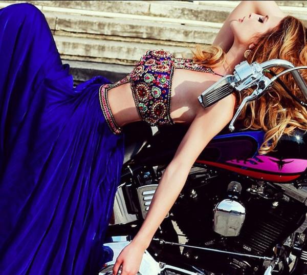 robe-promo-fille-jolie-robe-de-bal-de-promo-moto
