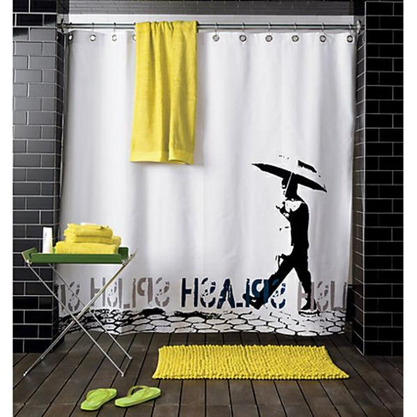 l-homme-avec-parapluit-rideau-douche-original-idée-créative-jaune