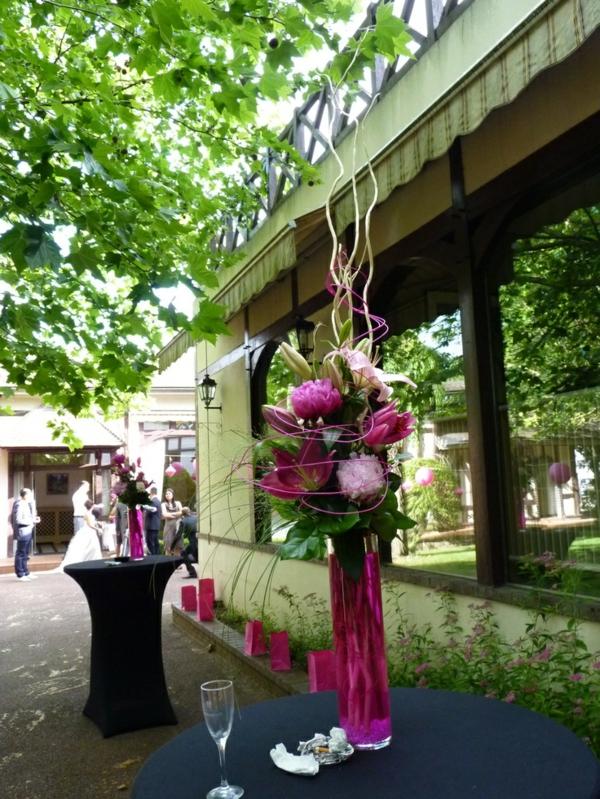 la-déco-de-mariage-fleurs-idée-créative-decoration-restaurante