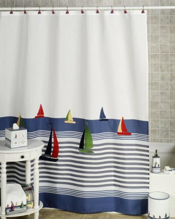 la-décoration-salle-bain-idées-style-nautique-rideau-douche-voiliers