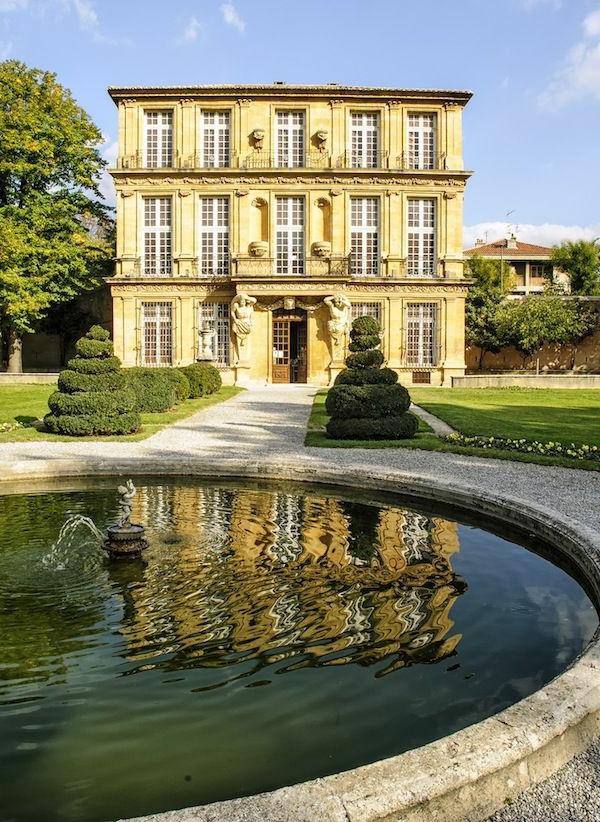 la-plus-belle-maison-jardin-fontaine