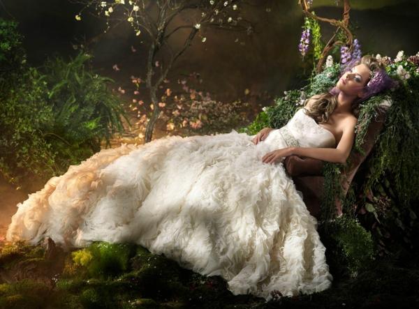 la-princesse-dans-sa-robe-de-mariée-resized