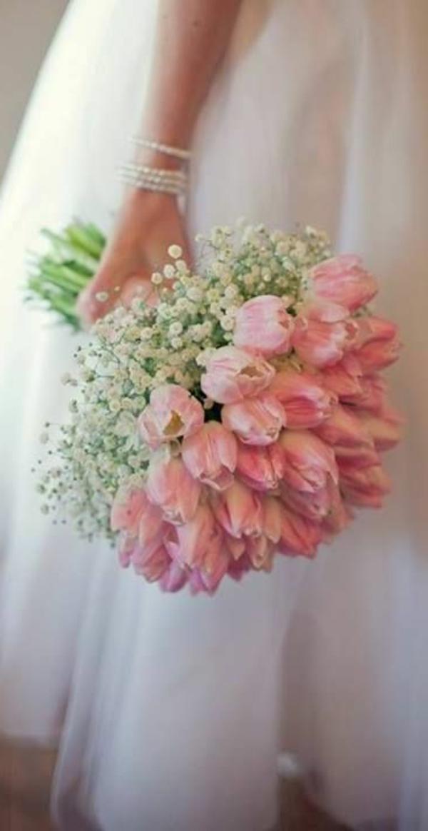 le-bouquet-de-mariée-extraordinaire-robe-blanche