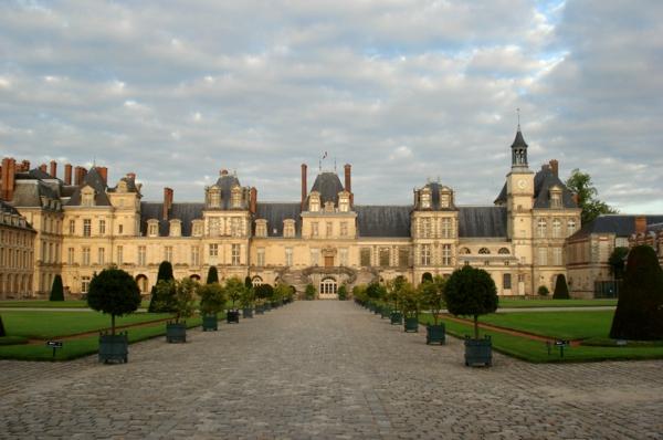 le-château-joli-Paris-Fontainebleau-beauté-resized