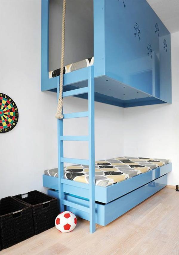 le-lit-cabane-extraordinaire-en-bleu